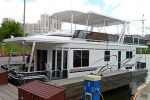 Хаусбот от «Thoroughbred Houseboats» на Московской выставке яхт