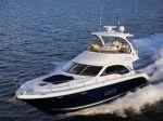 Новая флайбриджная яхта от Sea Ray