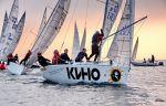 В Амурском заливе продолжаются настоящие морские бои под парусом за Кубок Владивостока