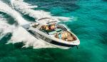 Катер Sea Ray SLX-R 400e: награда за инновации