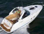 Новая модель: моторная яхта Rinker 310 EC
