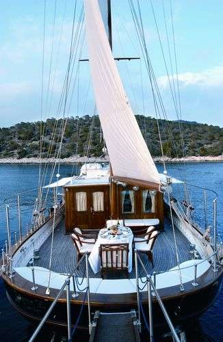Crew charter yacht in Greece