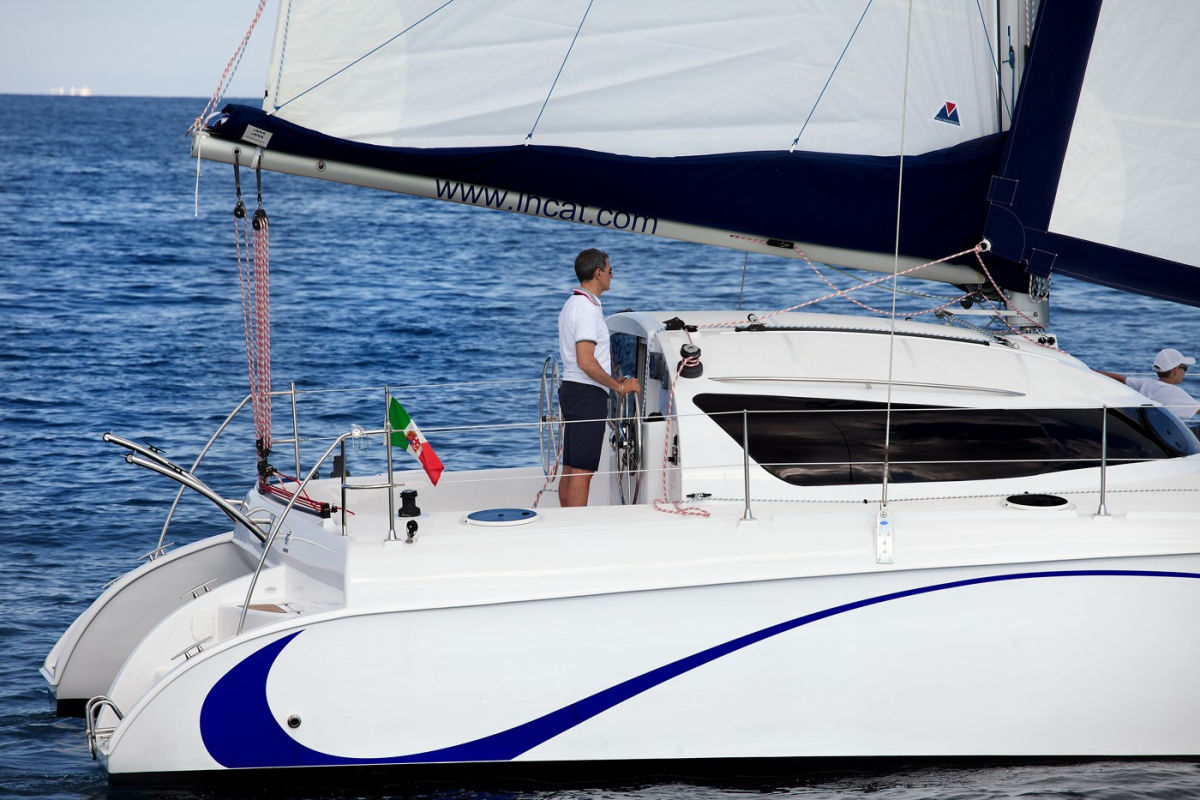 Flash Catamarans LadyHawke 33
