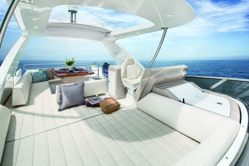 Azimut 66 Dragon