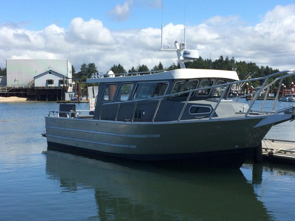 North River Offshore Voyager 3300