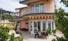 Двухэтажный дом в Черногории